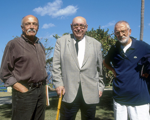 Ricardo Porro, center, with National Art School architects Roberto Gottardi (l),