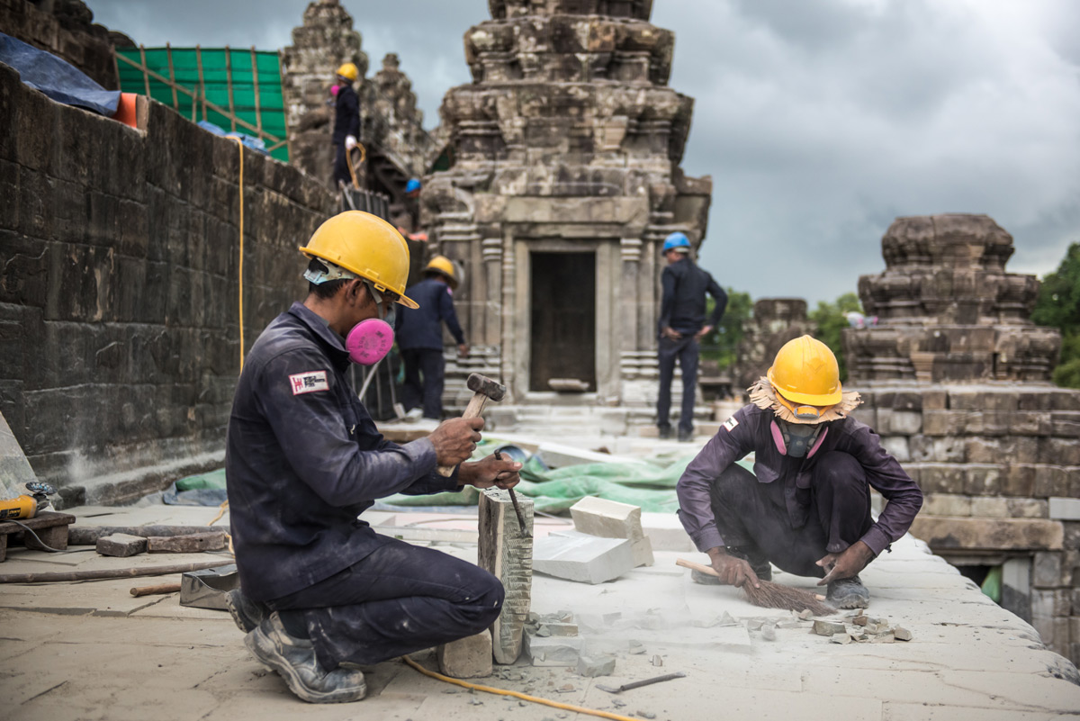 Phnom Bakheng during conservation in 2018.