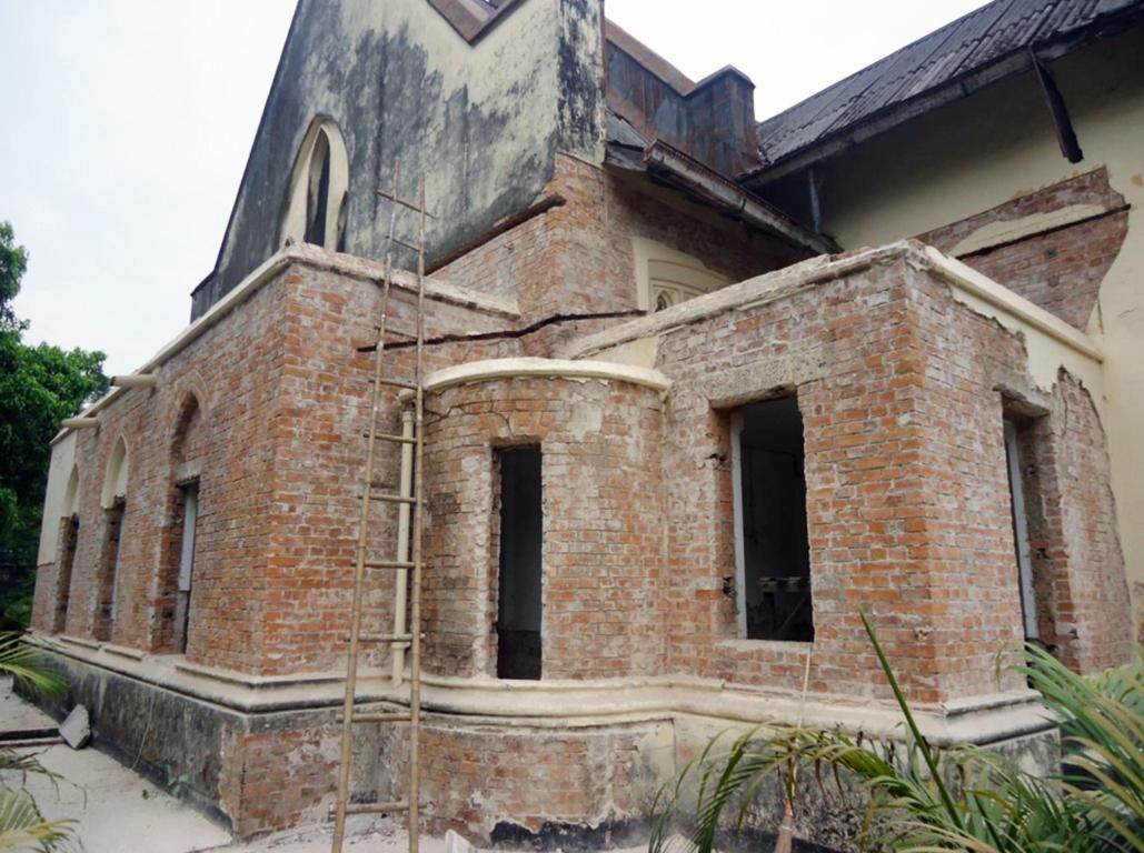 Southwest corner of the church, sans plaster.