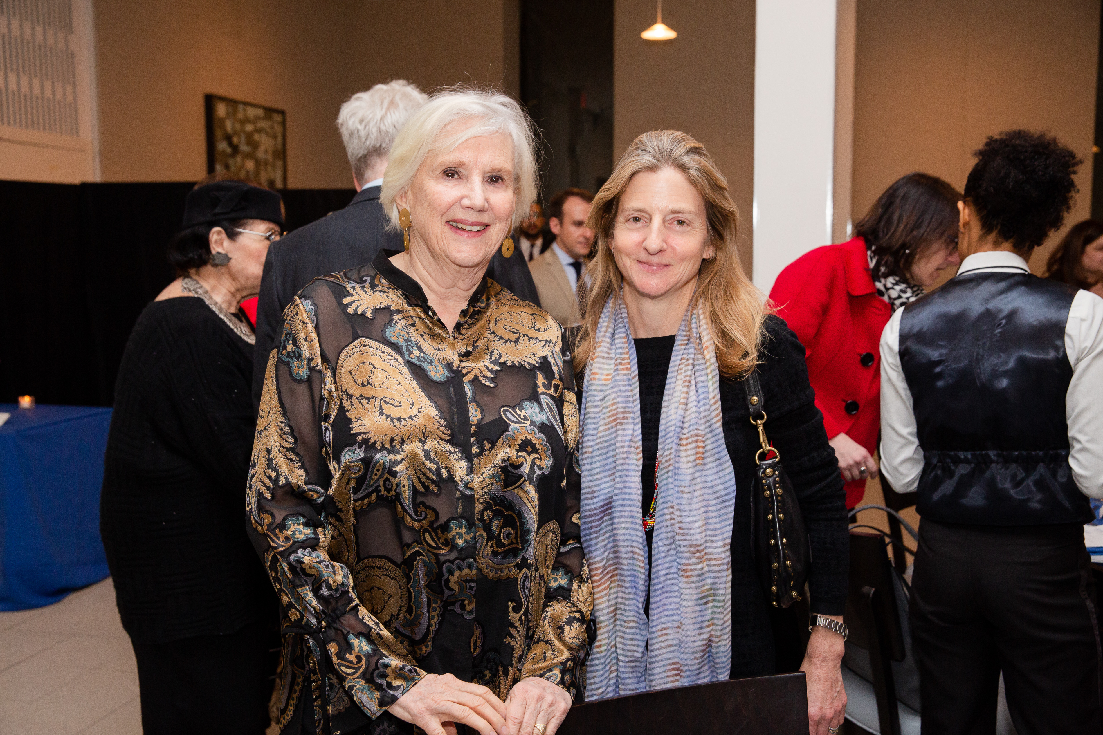 From left, Lorna Goodman and Linn Feidelson.