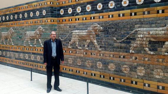 Hadi Mousa at the Pergamon, Berlin, 2016