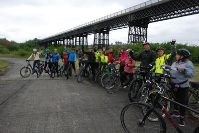 A cycling trip organized by the Friends of Bennerley Viaduct and Nottingham-based Raleigh Cycles, 2017.