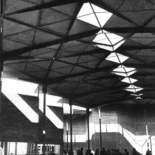 Pabellón de los Hexágonos, Madrid