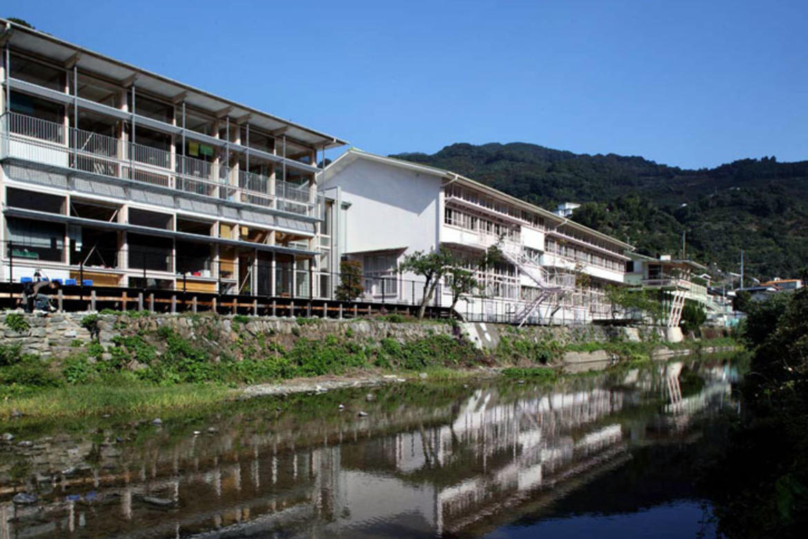 The 2012 World Monuments Fund/Knoll Modernism Prize was awarded to the Architectural Consortium for Hizuchi Elementary School for the restoration of Hizuchi Elementary School, Yawatahama City, Ehime Prefecture, Japan