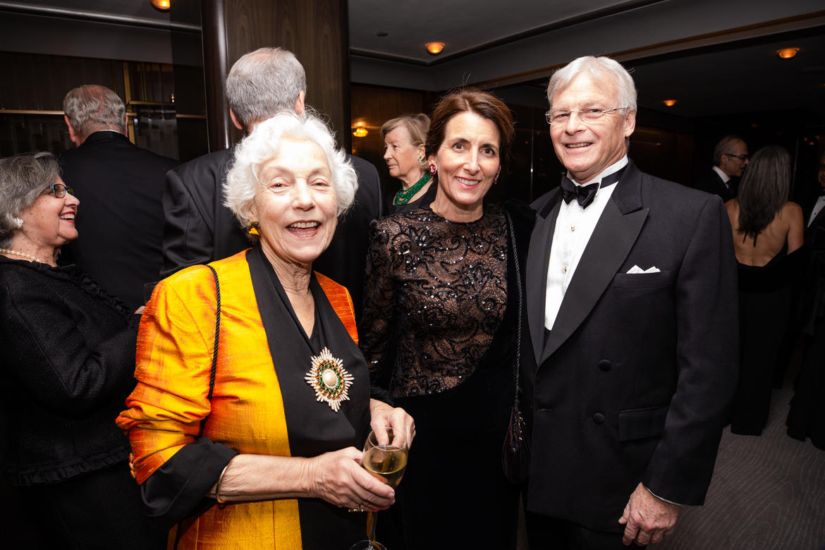 Marilyn Perry, Lilla and Chris Ohrstrom (photo: Liz Ligon)