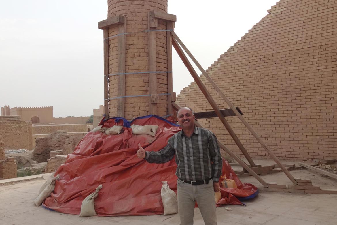 Dhafer Musa gives a thumbs up on the bracing the Madoura Cylinder