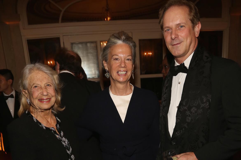 Sue Ann Weinberg, Sydney Weinberg, Shayne Doty (photo: Sylvain Gaboury, PMc)