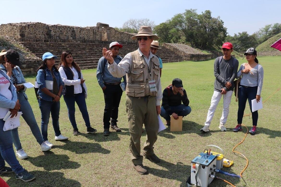 A review of new technologies that are being implemented at the Monte Albán.