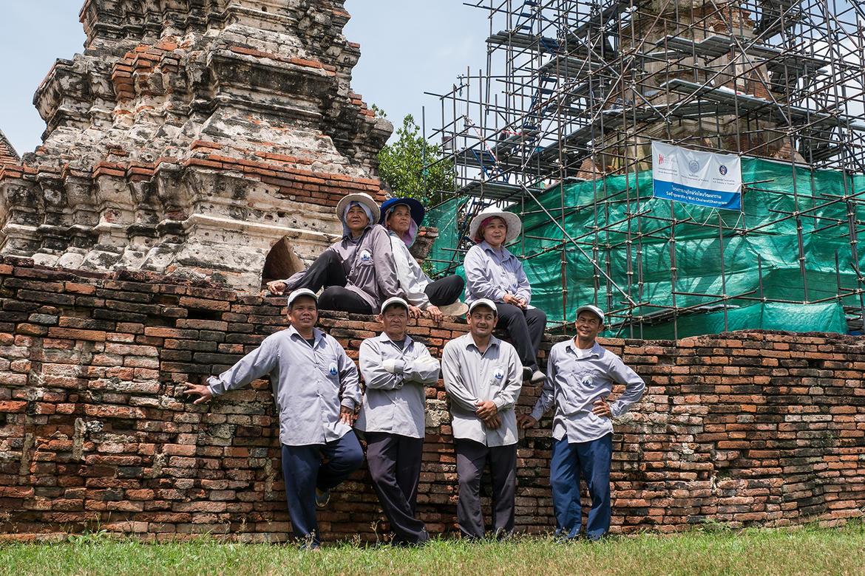 Seven WMF technicians at Wat Chaiwatthanaram, 2017.
