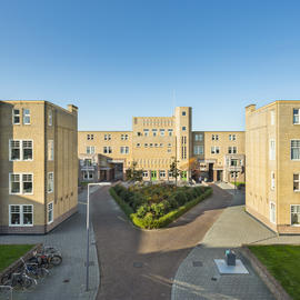 Justus van Effen complex, 2016