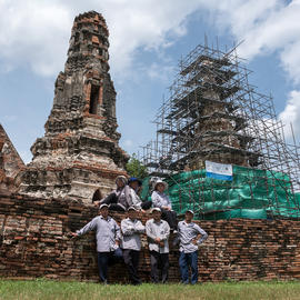 Conservators at Wat Chaiwatthanaram, 2017.