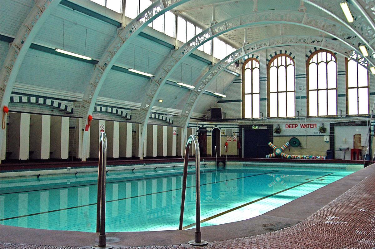 Moseley road baths world monuments fund for Pool show birmingham