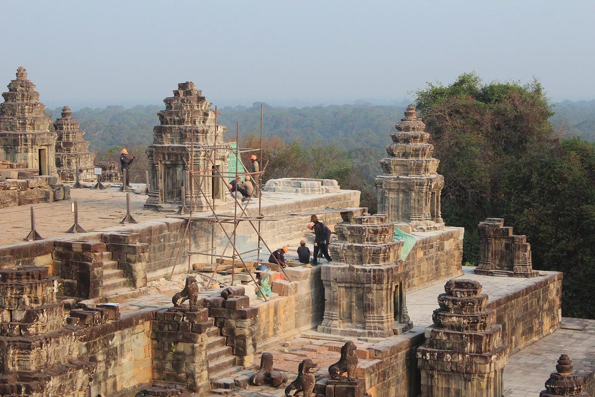 Phnom Bakheng - Angkor Archaeological Park - Siem Reap ...  |Phnom Bakheng Temple