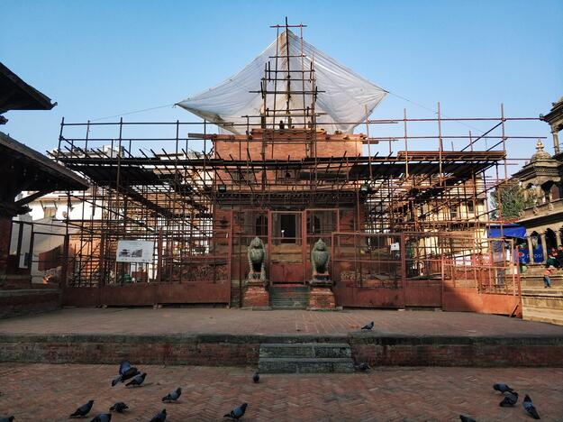 Char Narayan temple west facade, 2018