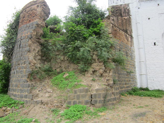 Mahidpur Fort, before conservation
