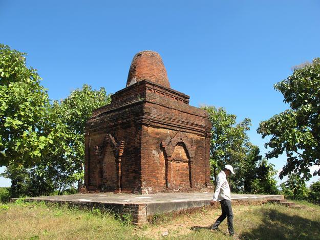 Bei Bei Pagoda 2012