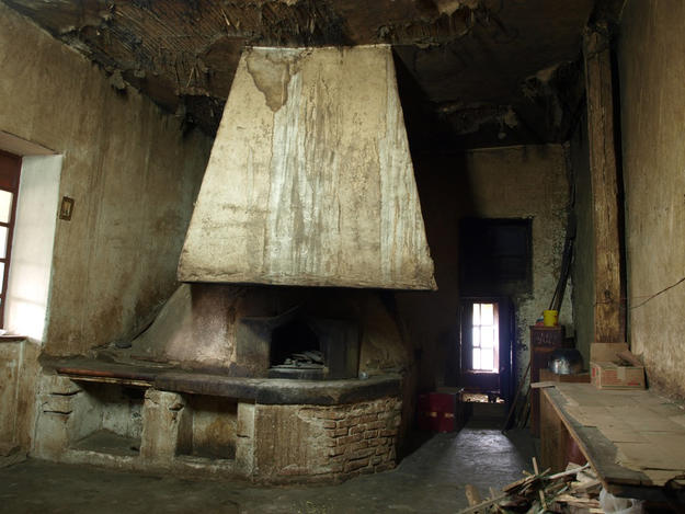 Historic oven before conservation, 2010