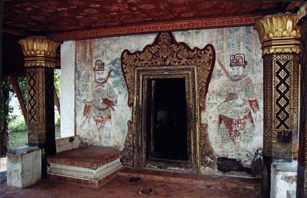 Traditional interior decorations survive in Long Khoun temple, 2005