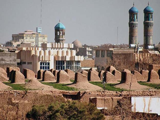 New residential construction in the east of the old city, with the minarets of the Jame Masjid in the middle ground., February 2009