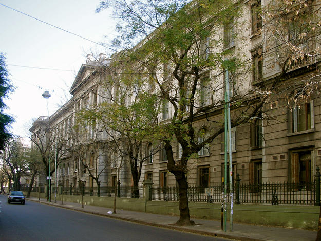 The planned demolition of Rivadavia Hospital, stopped by Watch nominator Basta de Demoler, 2008