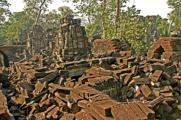 The monumental ruins at the site , 2007