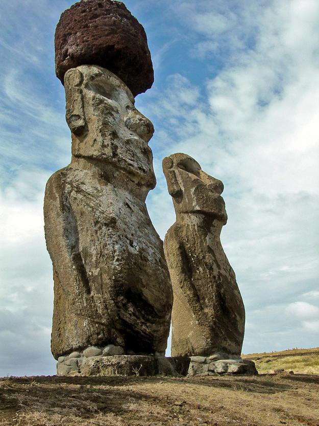 Moai at Ahu Tongariki, 2003