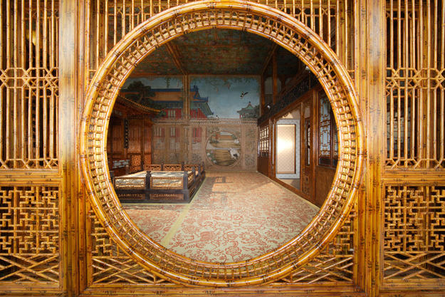 Interior of Juanqinzhai with trompe l'oeil, after conservation, 2008