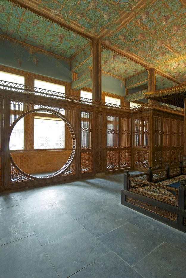 Theater room gate, after conservation, 2008