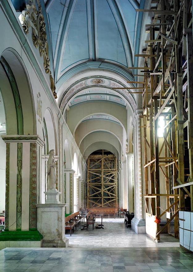 The Cathedral of Nuestra Señora de la Asunción in Santiago is undergoing restoration work to repair the damages caused by Hurricane Sandy in 2012, 2013 (Photo Carlos Domenech, Miami Fl)