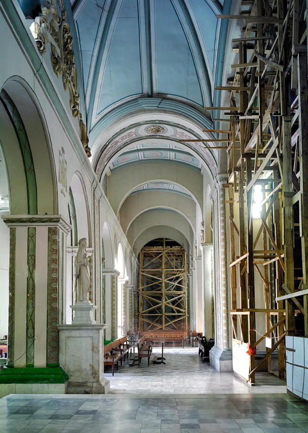 The Cathedral of Nuestra Señora de la Asunción in Santiago is undergoing restoration work to repair the damages caused by Hurricane Sandy in 2012, 2013 (Photo Carlos Domenech, Miami Fl)
