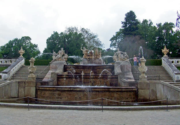 Cascade Fountain, flanked by two grand staircases , 2012