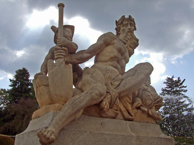 Neptune in the Cascade Fountain, 2012