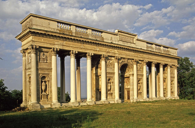 The neoclassical Colonnade, 1994