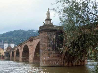Karl-Theodor Bridge