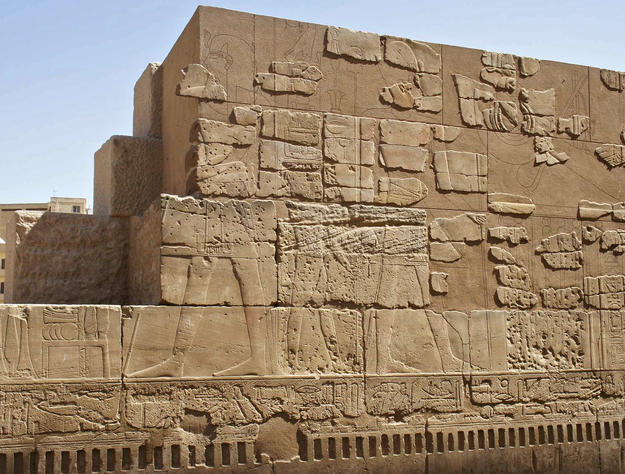 Amenhotep III court wall after conservation, 2011