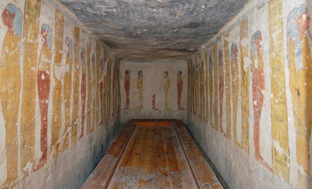 Side Chamber Ka in Tomb KV 2 , 2003