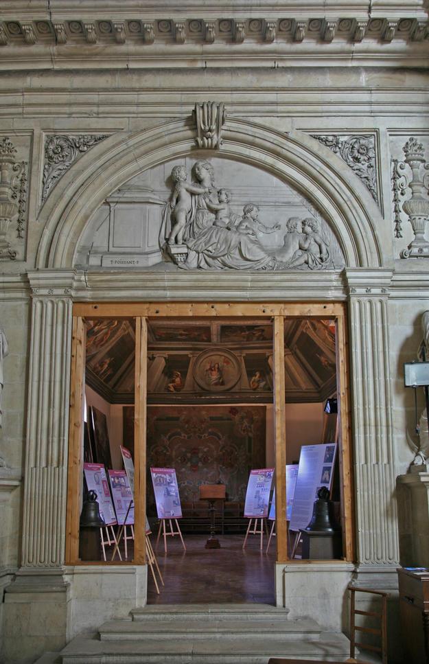 Doorway with decorative details, 2006