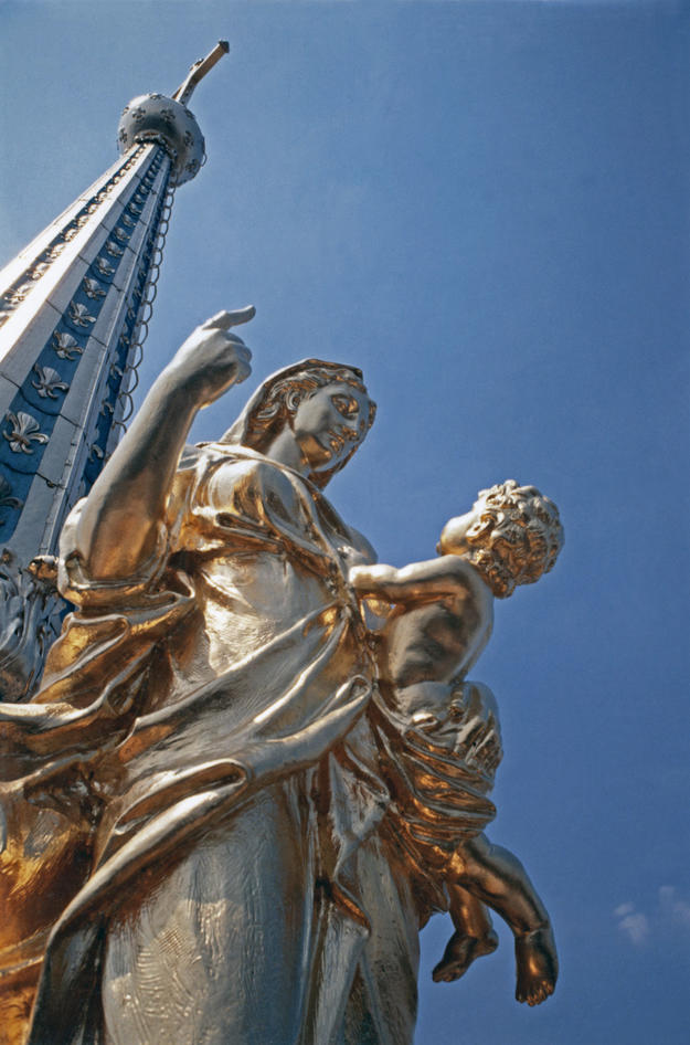 One of the gilded lead statues representing virtues on the dome's lantern, 1994