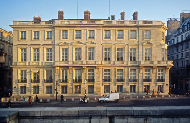 Façade exemplifying the architecture of the French Enlightenment, 2001