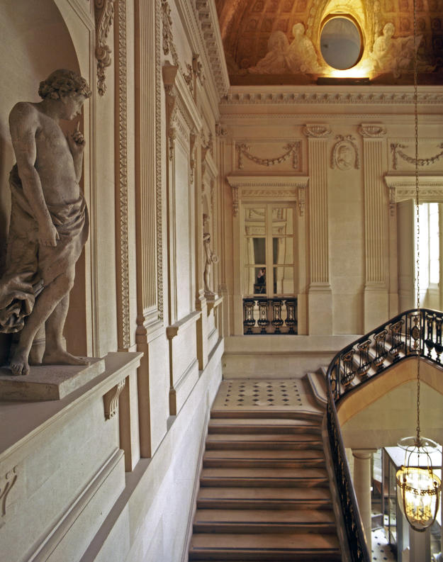 Stairs of the Oval Salon, 2001