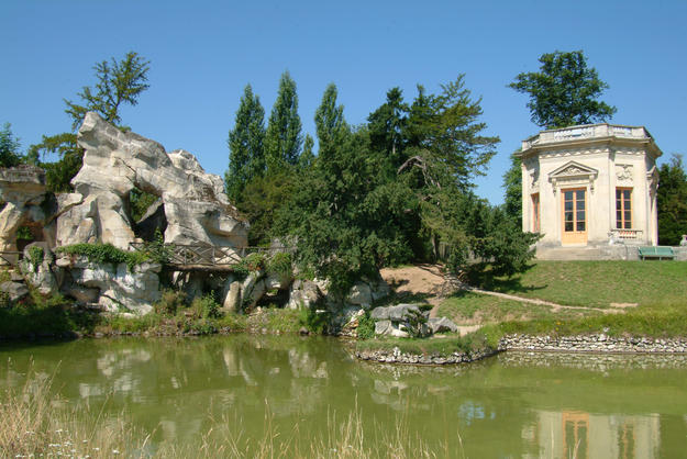Belvedere Pavilion with its neoclassical style , 2010