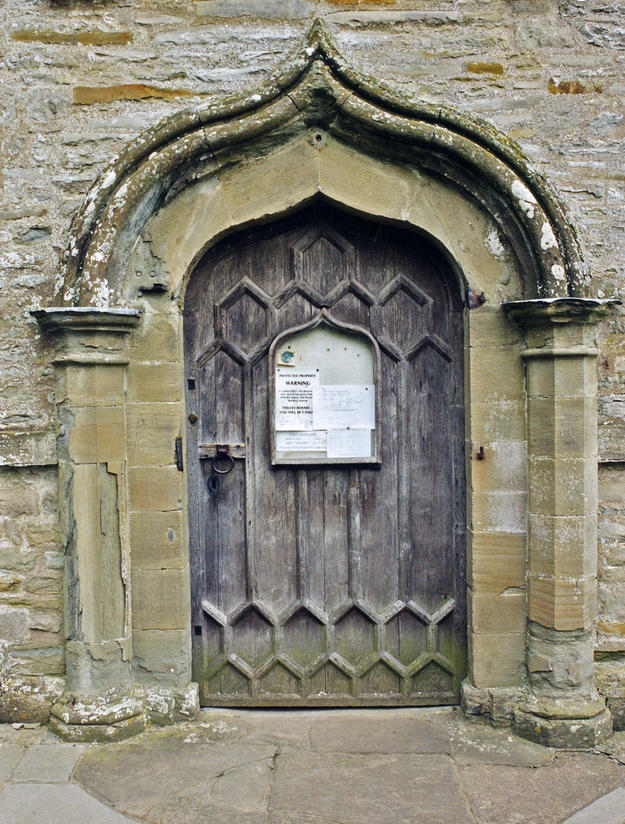 West entrance with damage to the gothic arch, 2005