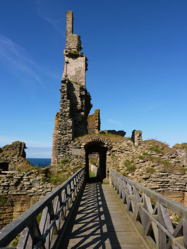 The bridge to the castle, 2011