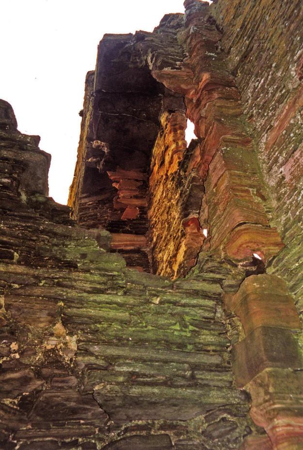 Erosion around area W4, 2000