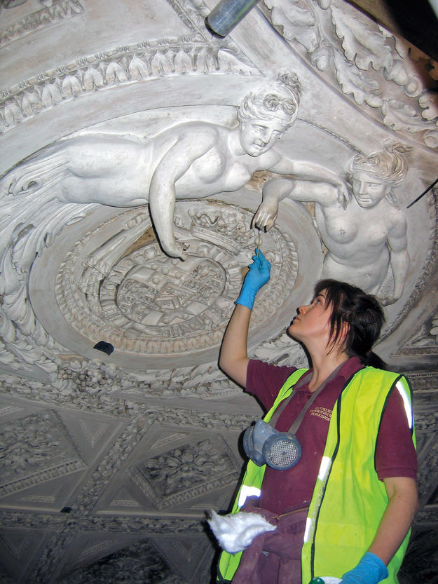 Repairs to roundels containing moulded decorations, 2005