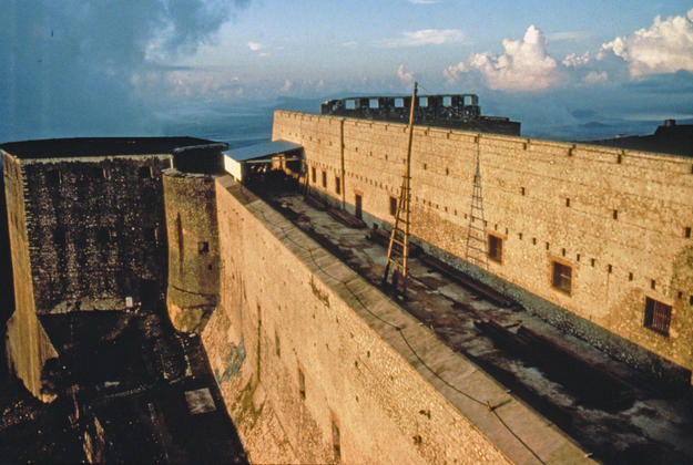 The upper bastion wall before construction of the frame for the new roof , 1985