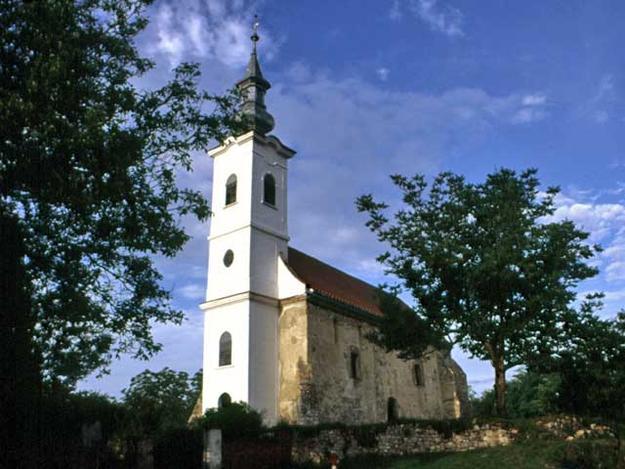 Túrony Church