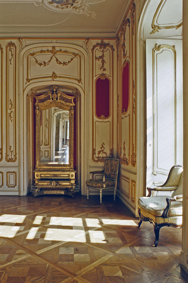One of the 126 rooms lavishly decorated in the roccoco style, 1994