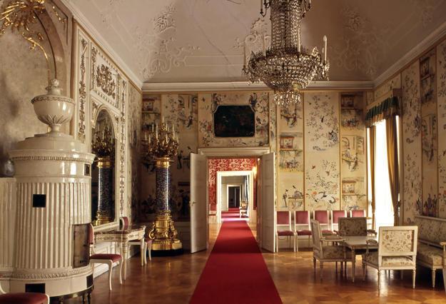 Room after conservation, 1994