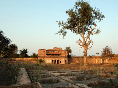Rai Praveen gardens, Orchha, 2012